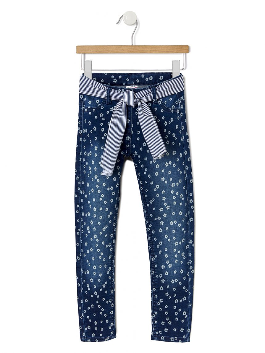 Calça jeans com estampa de flores em toda parte - Prénatal