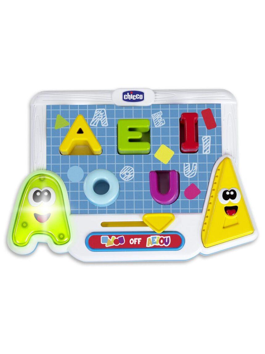 Chicco - as formas das vogais - edu4you - Chicco