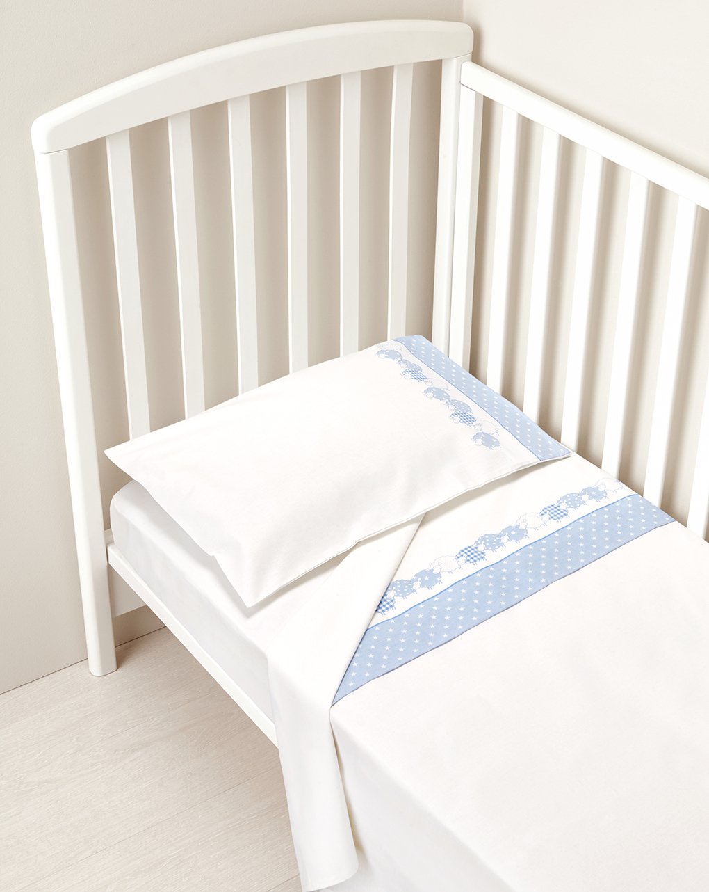 Cama - completa para cama com estrelas azuis e ovelhas - Prénatal