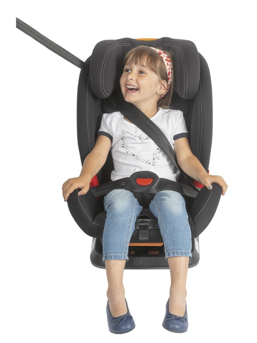 Akita conserta cadeiras infantis pretas - Chicco