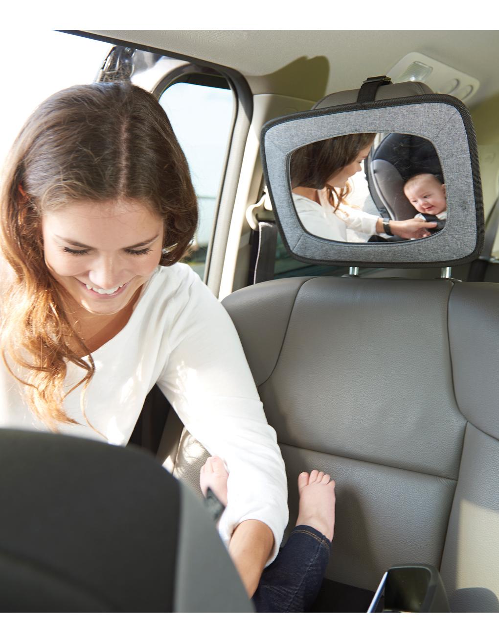 O espelho retrovisor controla o bebê - Giordani
