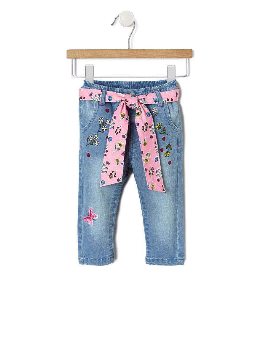Calça jeans com bordado floral - Prénatal