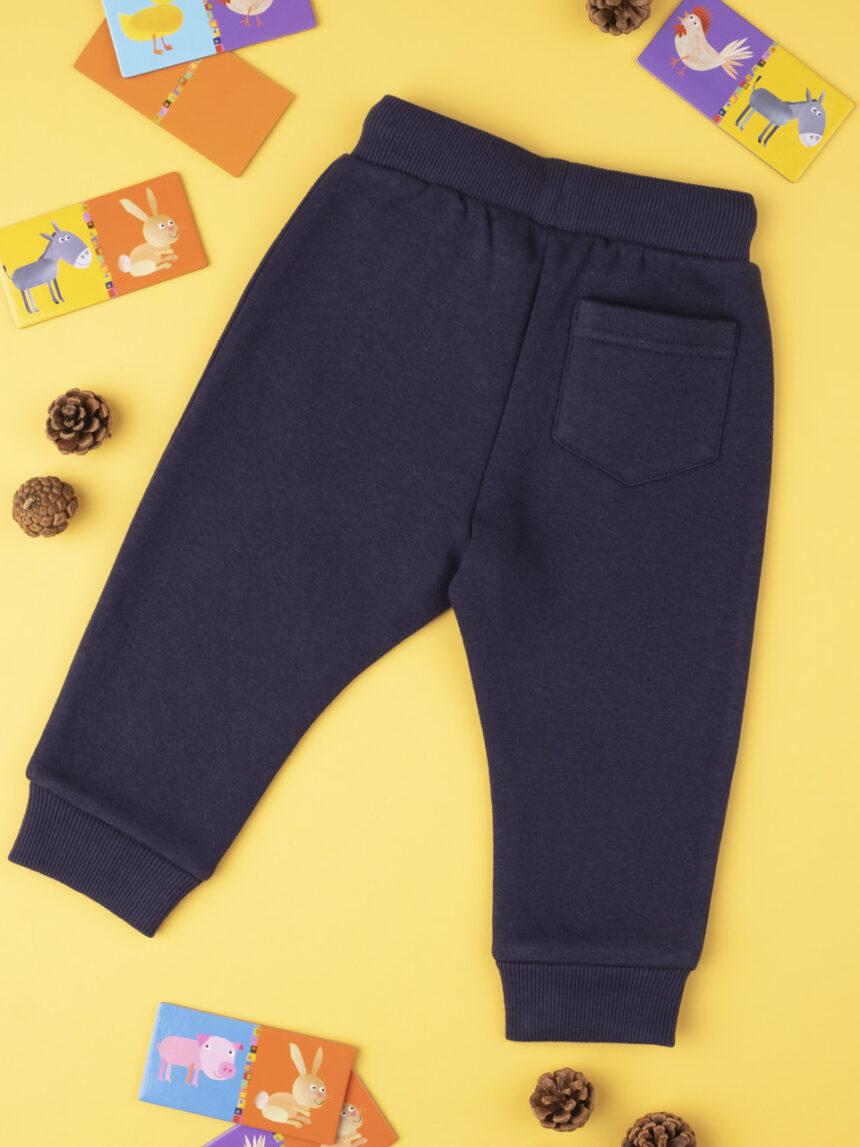Calça menino azul com remendo - Prénatal