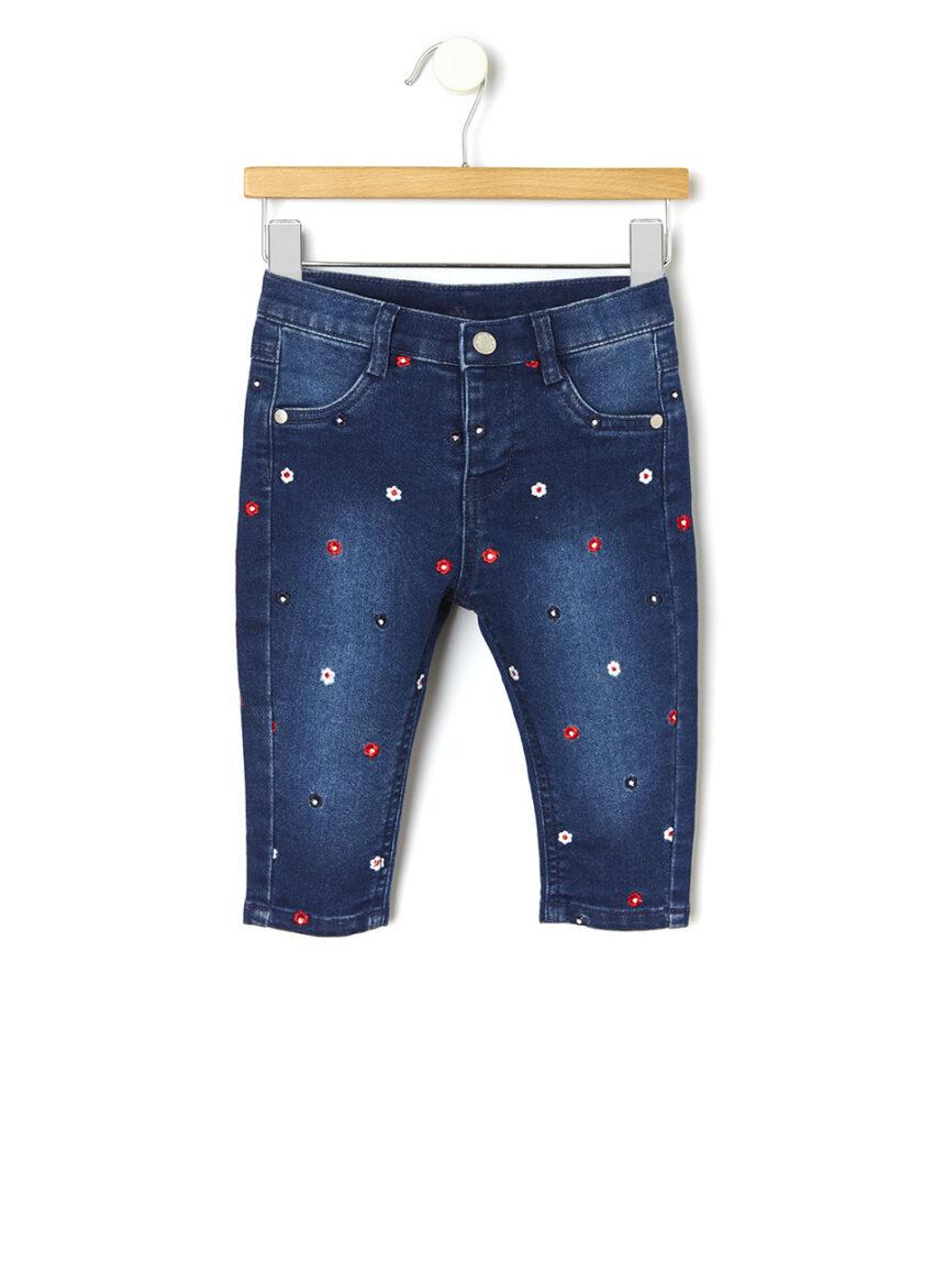Calça jeans com bordado floral em toda parte - Prénatal