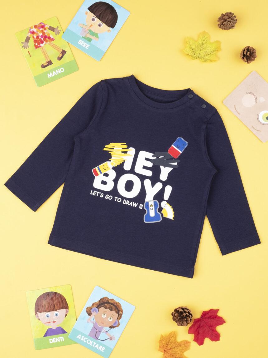 "Menino da camiseta ""ei, menino"" - Prénatal"